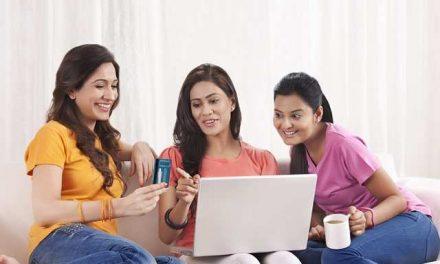 Produk yang Paling Diincar Wanita di 'Pasar Online'